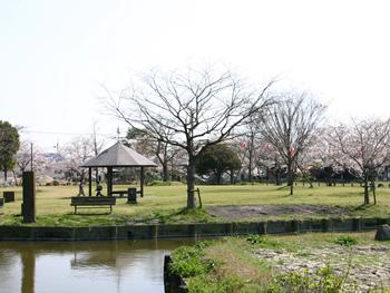 クリークの里石丸山公園(クリーク資料館)