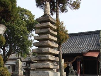 光明寺の九重の塔